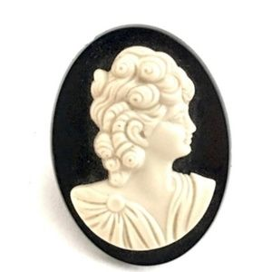 Recycled Vintage Celluloid Cameo Adjustable Ring